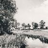 Wielbark. Rzeka Sawica, po lewej stara poczta, po prawej nieruchomości Talbot.