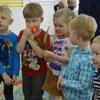 Świętujemy Dzień Dziewczynek- zabawy dzieci 3 i 4 letnich
