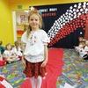 Pokaz mody patriotycznej w Gminnym Przedszkolu w Nowinach